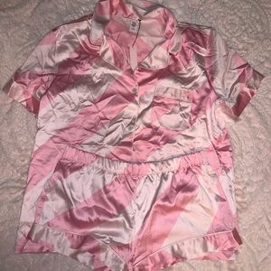 Victoria's Secret Satin PJs, shorty - size M - NWT